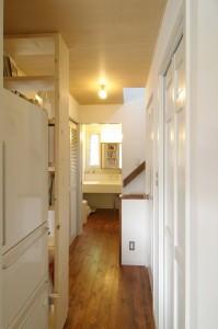 パントリー、トイレ、階段洗濯機、洗面室